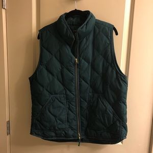 J.Crew quilted Green Vest sz XL